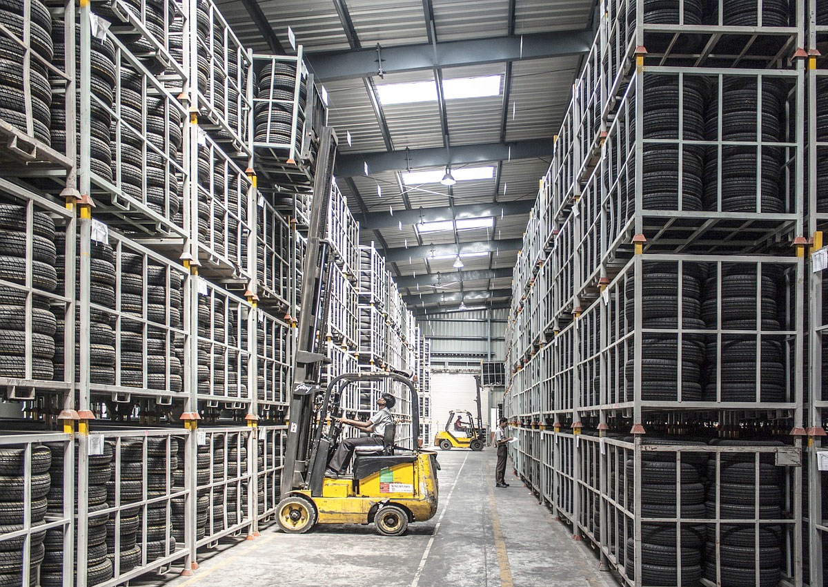 Managing Safety at Your Warehouse: Five Tips