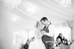 How to Guarantee Wonderful Photographs on Your Wedding Day