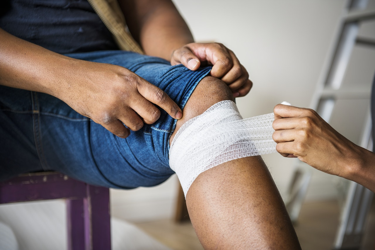 Dealing With A Sporting Knee Injury